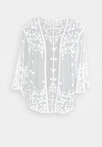 ALICE KIMONO - Lehká bunda - white