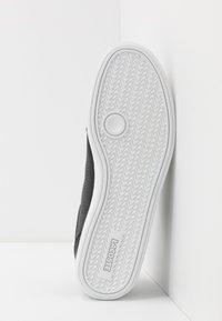 Lacoste - GRADUATECAP - Sneakers basse - black/grey - 4