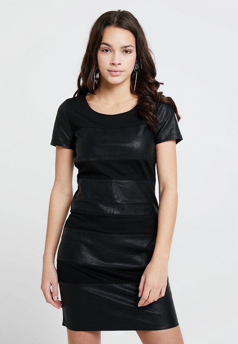 ONLY - ONLNEW MARGOT MIX DRES - Vestido ligero - black