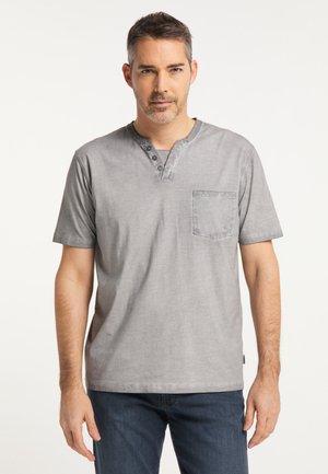 T-shirt basic - cloud