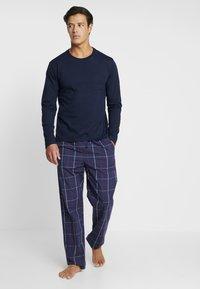 Pier One - SET - Pyjamaser - dark blue - 1