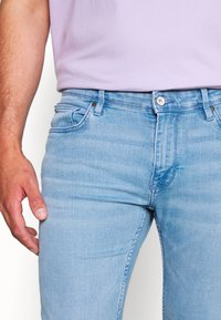 CELIO - ROSLIGHT - Jeans slim fit - light blue denim - 3
