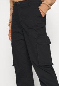 ONLY - ONLMADEA - Pantaloni cargo - black - 4