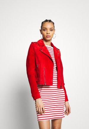 VMROYCELOUISE JACKET - Leather jacket - aurora red