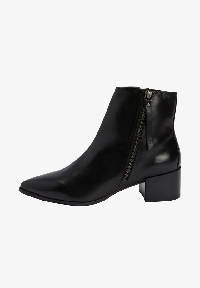 POINT ZIP CHELSEA - Ankle boot - black
