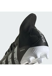adidas Performance - PREDATOR FREAK .3 FG UNISEX - Moulded stud football boots - core black/ftwr white/core black - 10