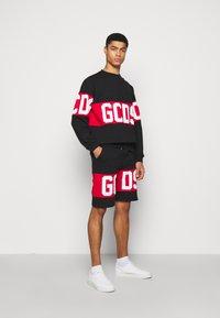 GCDS - BAND LOGO CREWNECK - Sweatshirt - black - 1