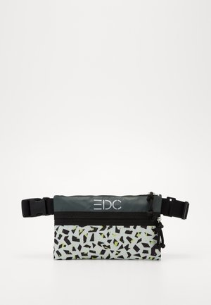 DENVER BELTBAG - Ledvinka - white