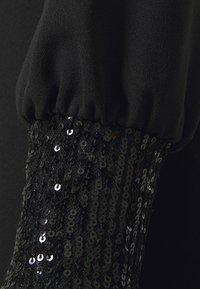 WAL G. - OLIVIA ONE SLEEVE MIDI DRESS - Shift dress - black - 6