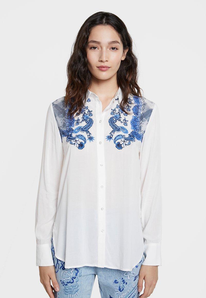 Desigual - BARCINO - Button-down blouse - white