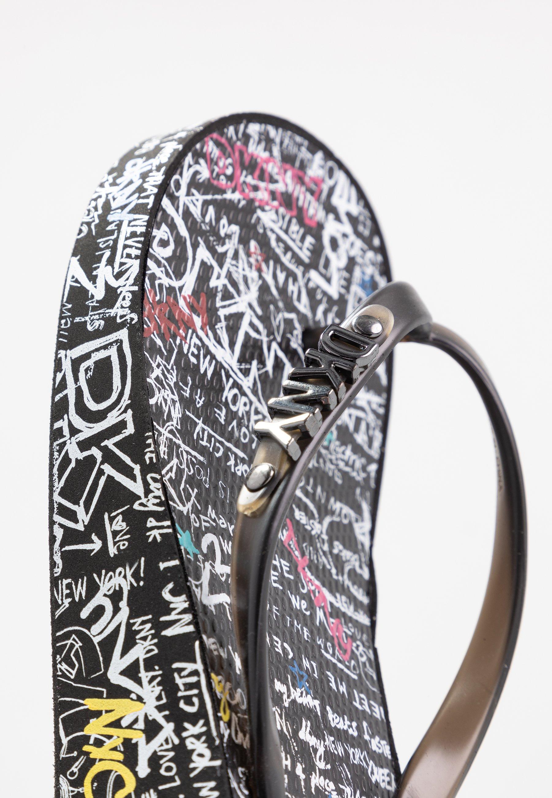 DKNY JAZZI  - Zehentrenner - black/multicolor   Damen Schuhe 2020