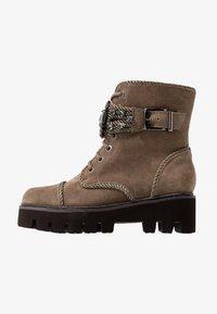 Alma en Pena - Platform ankle boots - crosta taupe - 1
