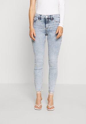 MOLLY MONTY - Jeans Skinny Fit - light-blue denim