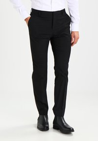 Selected Homme - SHDNEWONE PEAKLOGAN SLIM FIT - Puku - black - 3