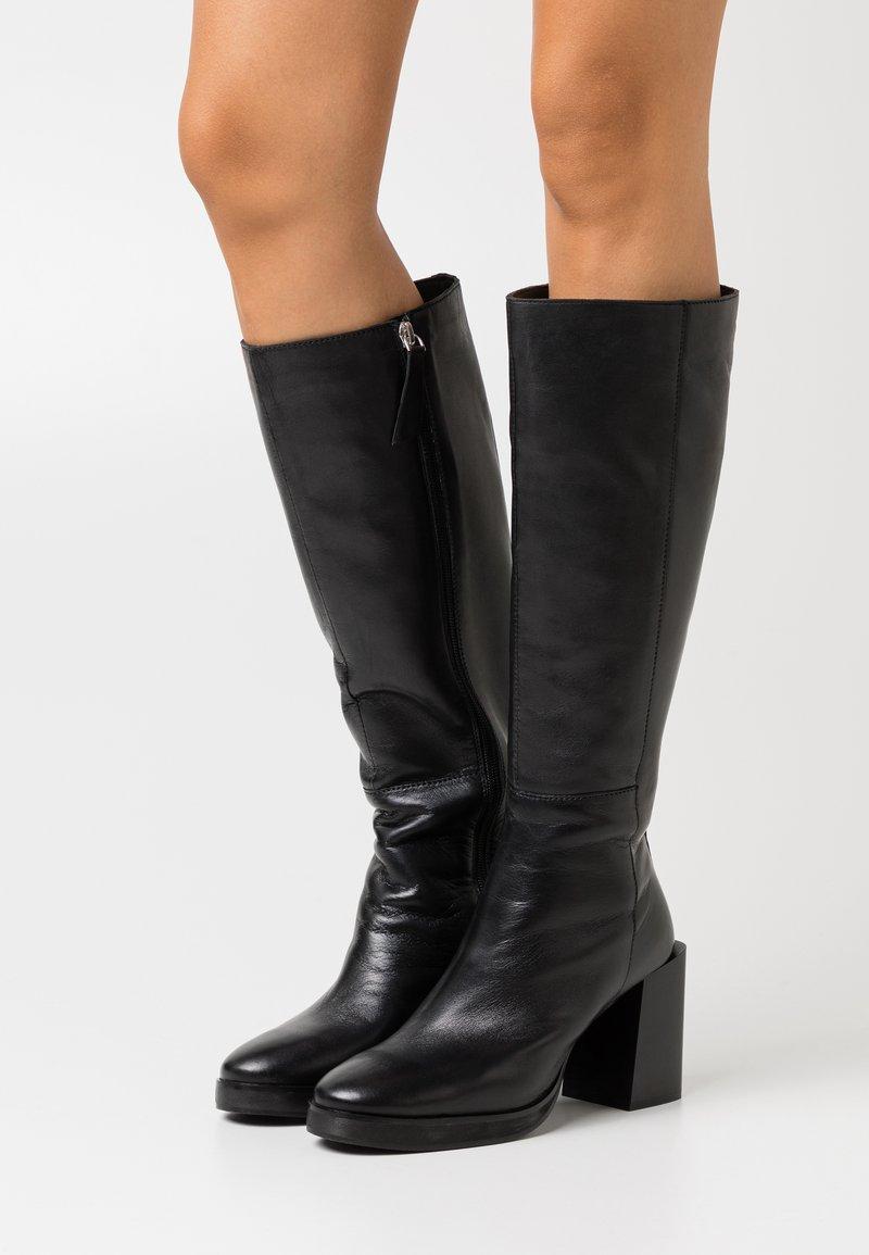 ASRA - KINGDOM - Boots med høye hæler - black