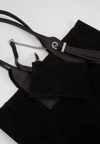 Even&Odd - LEATHER - Shopping bag - black - 2