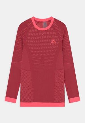 CREW NECK PERFORMANCE WARM UNISEX - Unterhemd/-shirt - deep claret