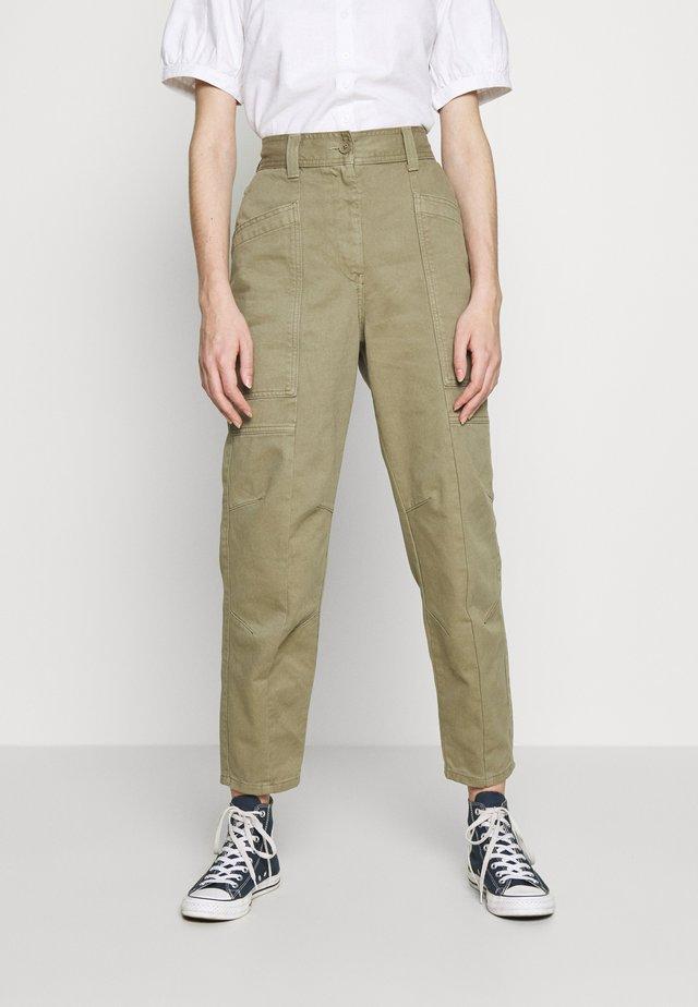 REESE UTILITY MENSY - Pantalones - light khaki