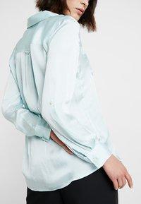 Banana Republic - DILLON UTILITY SOFT - Button-down blouse - mint - 3