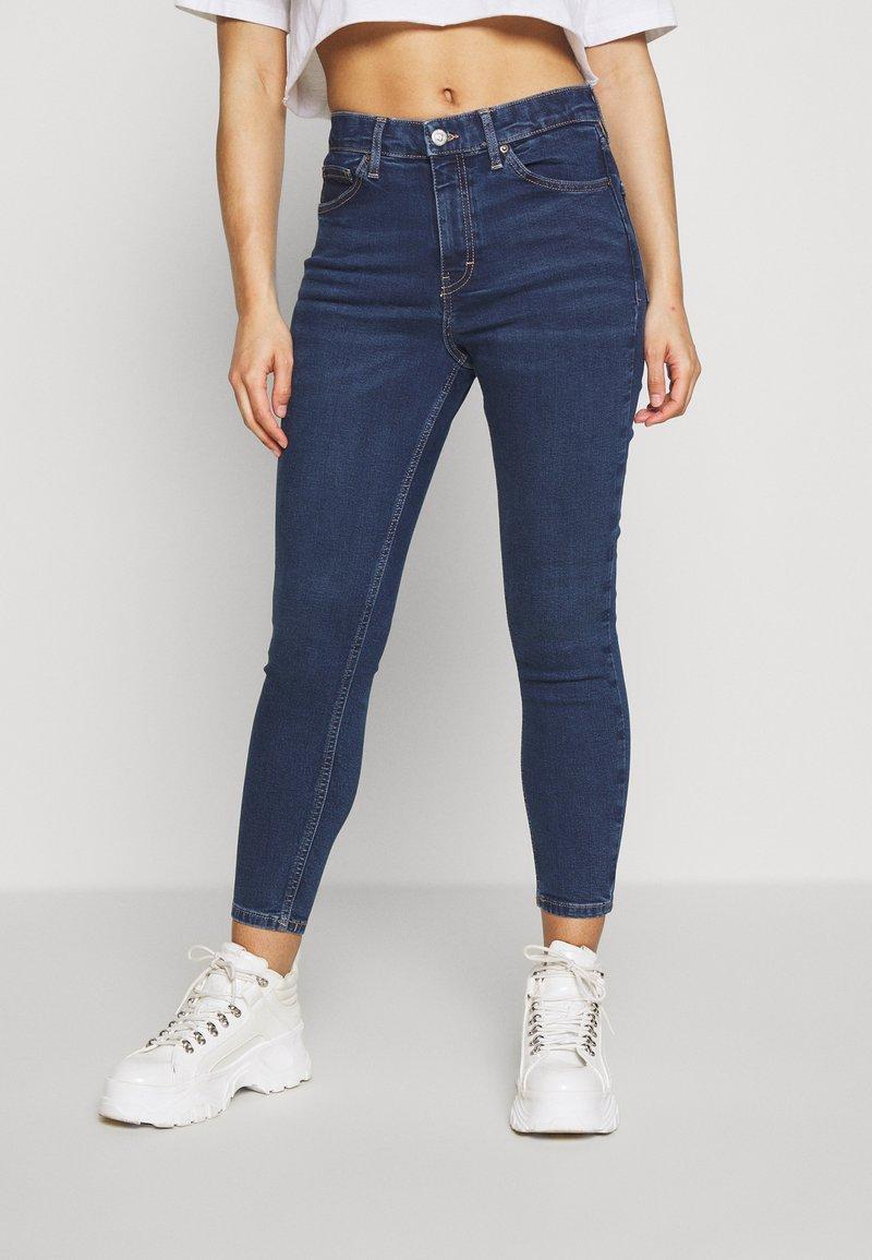 Topshop Petite - JAMIE CLEAN - Jeans Skinny Fit - indigo