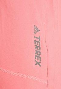 adidas Performance - TERREX MULTI - Shorts - hazy rose - 5