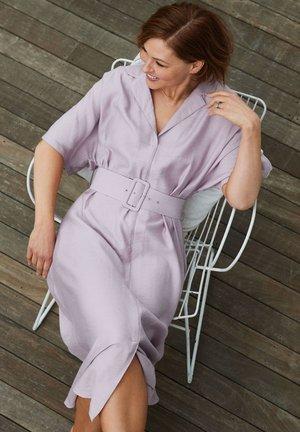 EMMA WILLIS  - Day dress - lilac