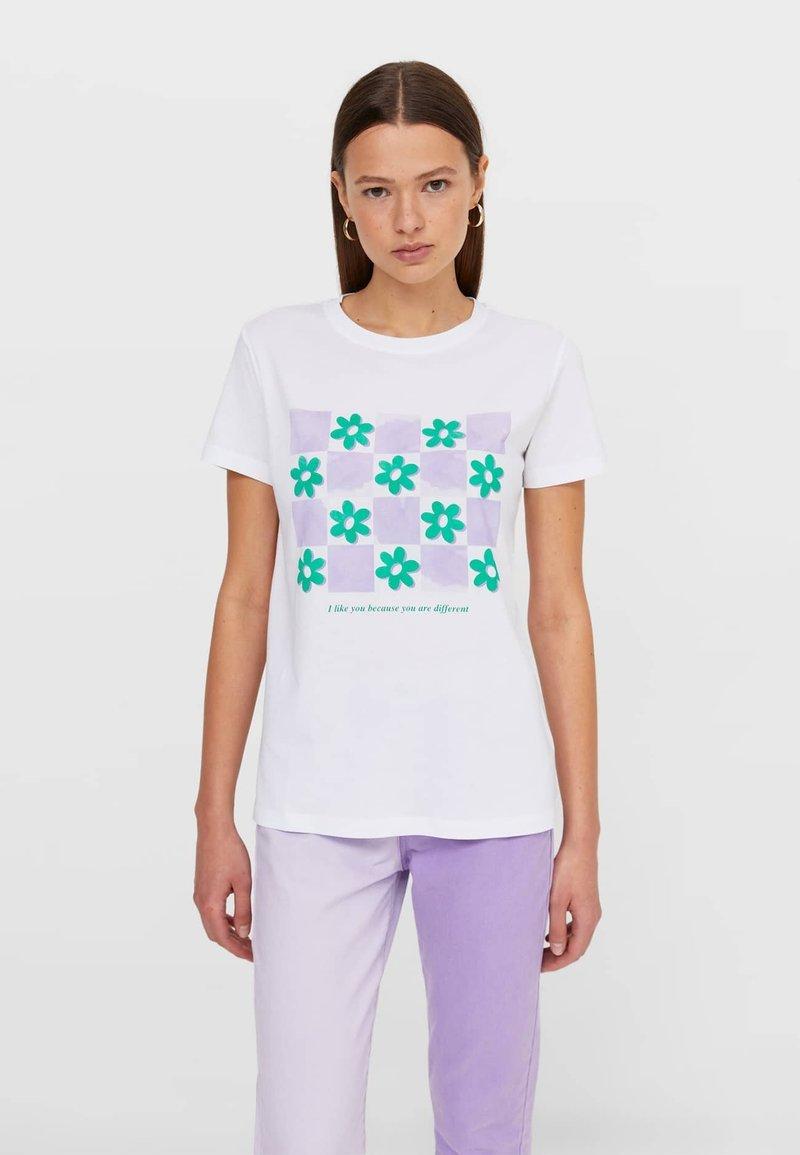 Stradivarius - Print T-shirt - white