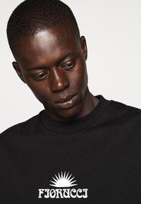 Fiorucci - TEE - Print T-shirt - black - 3