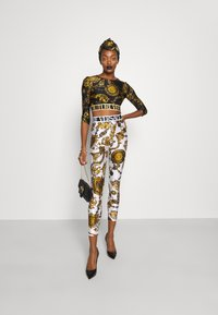 Versace Jeans Couture - Leggings - Trousers - white/gold - 1