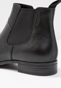 Vagabond - FRANCES SISTER - Ankelstøvler - black - 2