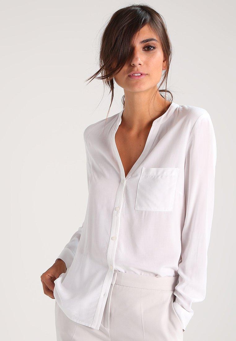 Zalando Essentials - Button-down blouse - white