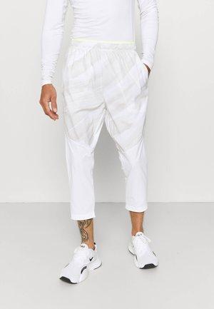 PANT - Träningsbyxor - white/dutch blue