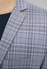 Jack & Jones PREMIUM - Blazer jacket - grey melange - 4