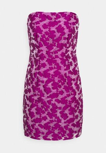 BURNOUT MINI DRESS - Kjole - purple