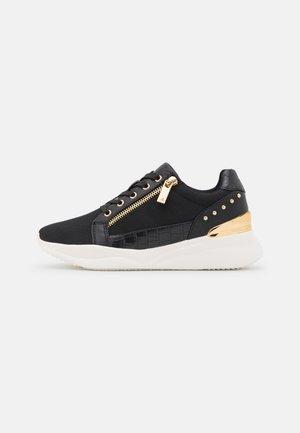 FRELIDDA - Sneakers laag - black