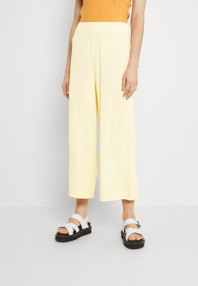 CILLA TROUSERS - Trousers - yellow