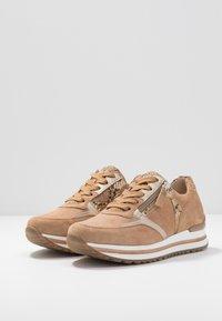 Gabor Comfort - Sneakers - caramel/camel/platin - 4