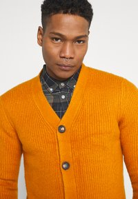 Redefined Rebel - TOBY CARDIGAN - Cardigan - golden oak - 3