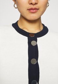 Liu Jo Jeans - MAGLIA APERTA INTARSIO - Cardigan - off-white - 3