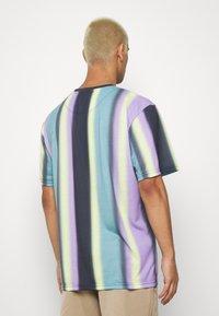 Karl Kani - Print T-shirt - navy - 2