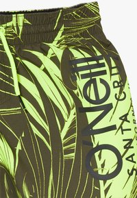 O'Neill - CALI FLORAL - Swimming shorts - green/yellow - 3