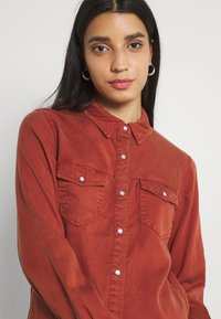 Vila - Button-down blouse - burnt henna - 3