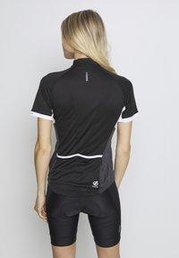 Dare 2B - EXPOUND - T-shirt med print - black - 2
