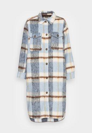 REI - Classic coat - ice blue