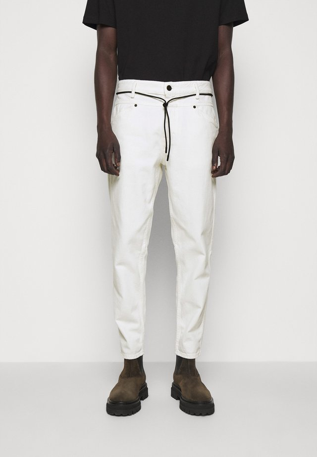 LENT - Jeans Tapered Fit - ivory