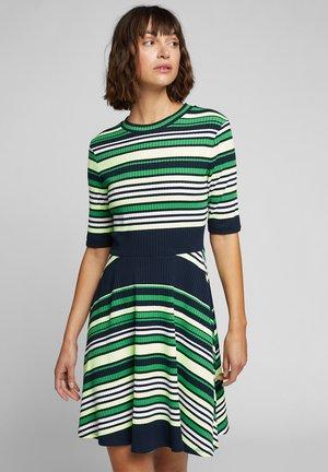 IM STREIFEN-LOOK - Jumper dress - navy