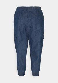 Kaffe - EARLENE CAPRI PANTS - Shorts - blue denim - 1
