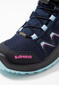 Lowa - MADDOX WARM GTX - Winter boots - navy/beere - 2