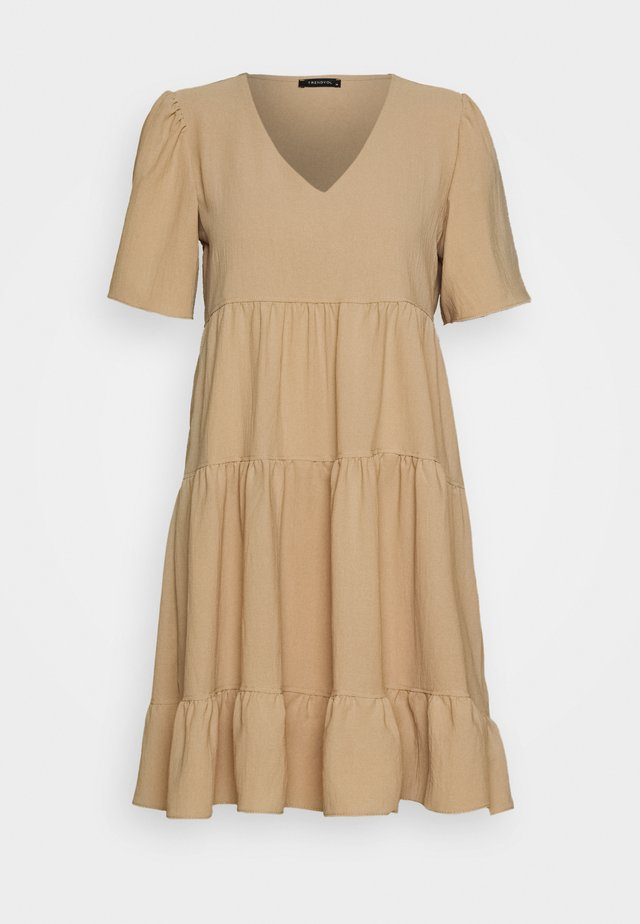 Day dress - mink