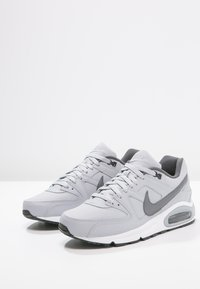 Nike Sportswear - AIR MAX COMMAND - Trainers - wolf grey/metallic dark grey/black/white - 2